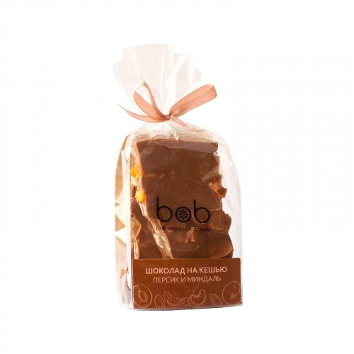 Шоколад молочный с персиком и лепестками миндаля 100гр (Bob)